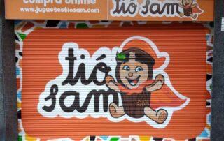 Graffiti jugueteria Tio Sam