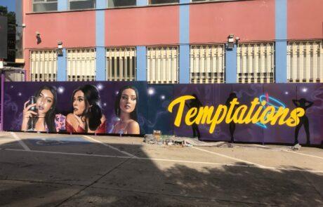 graffiti exterior discoteca night club en barcelona